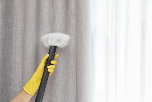 Pros and Cons Of Onsite Curtain Cleaning Service